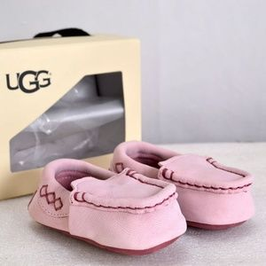 Infant UGG Sivia Pink Moccasin Slippers (A22-3D)